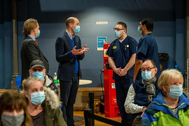 Le prince William encourage à la vaccination et met en garde contre la désinformation en ligne