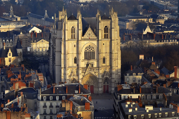 """Incendie de la cathédrale de Nantes: Enquête ouverte pour """"incendie volontaire"""""""