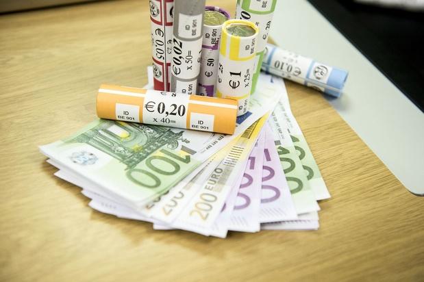 Un peu plus de 300.000 billets en euros contrefaits saisis au second semestre