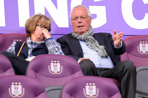 Les anciens dirigeants d'Anderlecht inculpés pour la vente du club à Coucke