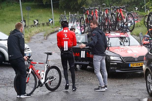 Favori, Tom Dumoulin abandonne à la 5ème étape du Giro