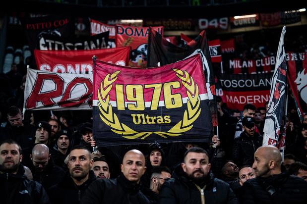Un supporter de l'AC Milan poignardé par un autre
