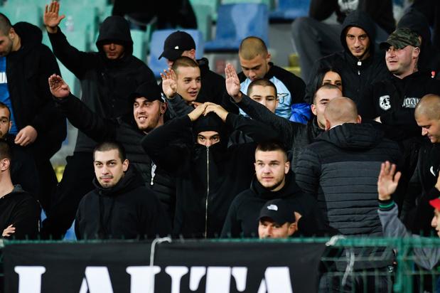 Match achter gesloten deuren voor Bulgarije na racistische incidenten tegen Engeland
