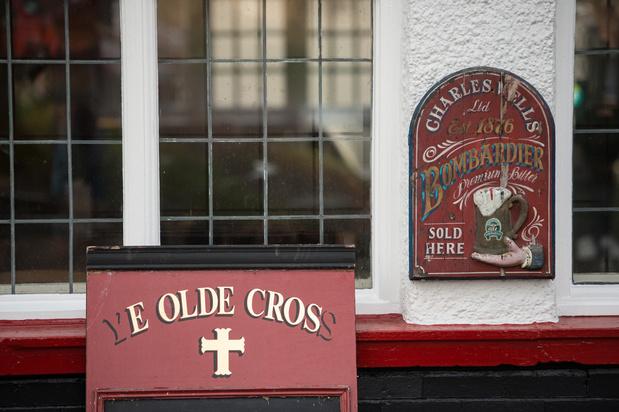 Au Royaume-Uni, des communautés à la rescousse des pubs en danger