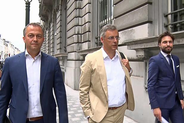 Le trio de négociateurs fédéraux reprend ses travaux et évoquera le dossier éthique, comme le voulait le CD&V