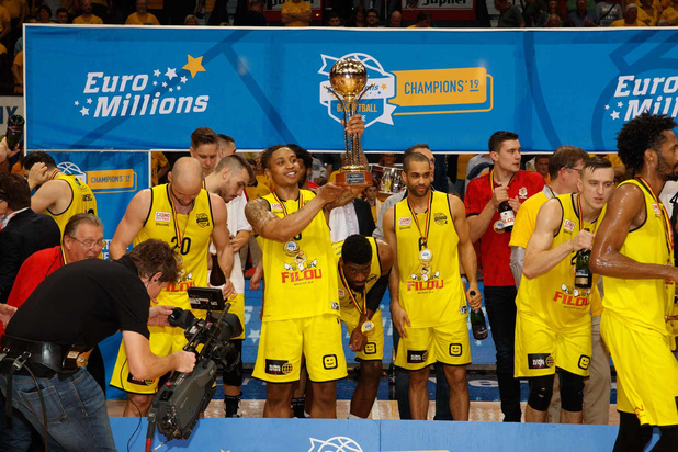 Basket: Ostende décroche son 20e titre national, le 8e consécutif