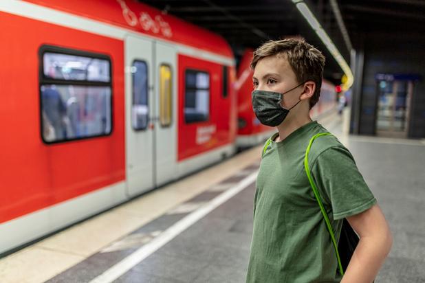 Apothekers verdelen stoffen maskers vanaf 15 juni