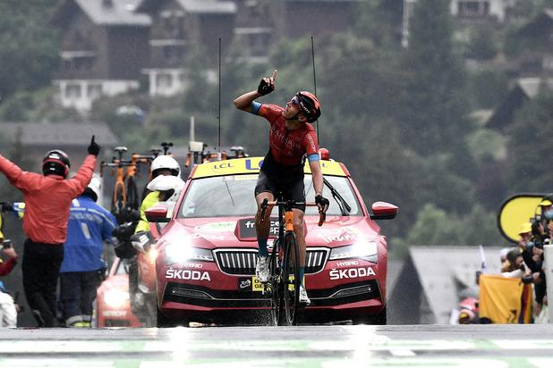 Dylan Teuns wint eerste Alpenrit in Tour de France, Tadej Pogacar verovert geel