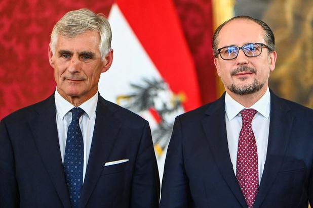 Oostenrijkse politieke crisis: Alexander Schallenberg legt eed af als kanselier