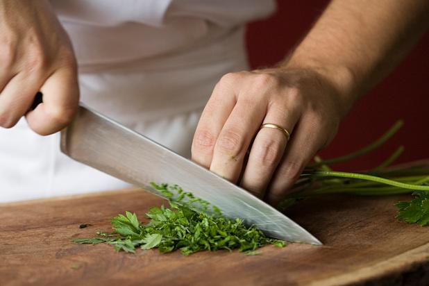 Comment les grands chefs choisissent (et chérissent) leurs couteaux