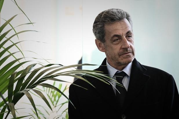 """Nicolas Sarkozy inculpé pour """"association de malfaiteurs"""" dans le dossier libyen"""