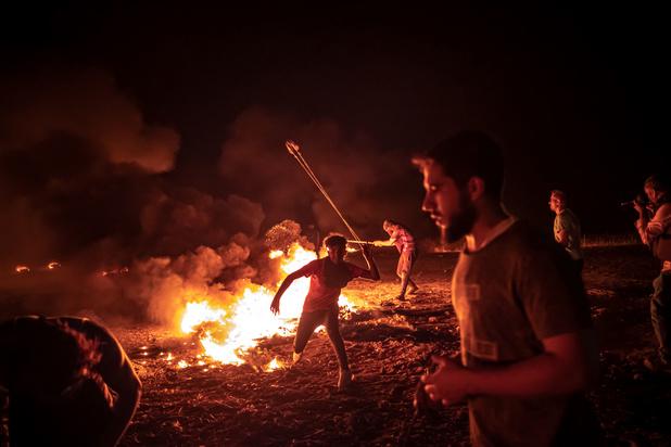 Israël voert luchtaanvallen uit op Gaza nadat Palestijnen brandballonnen lanceren