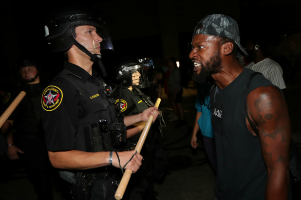 Nationale garde ingezet in Wisconsin na neerschieten zwarte man door politie