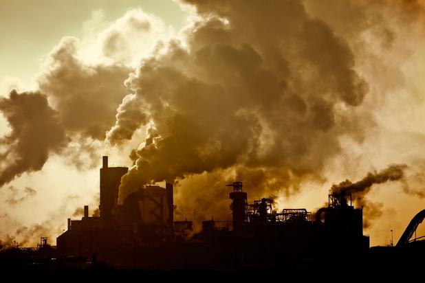 Luchtvervuiling zou voor 15% bijdragen tot de sterfte aan Covid-19