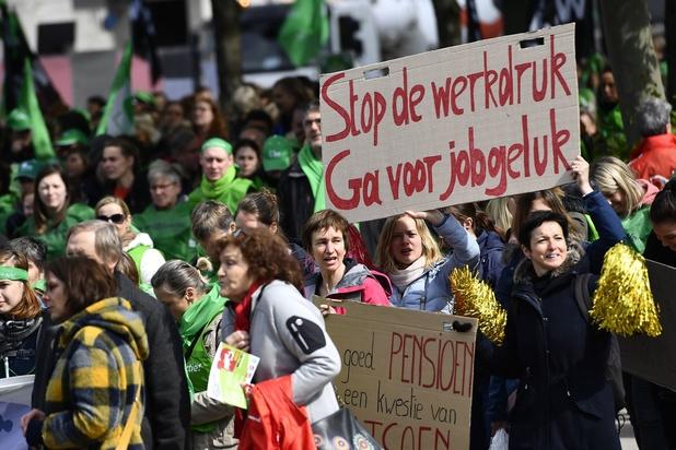 Quelque 8.000 travailleurs du non-marchand dans les rues de Bruxelles
