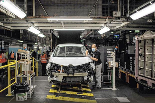 Mobilité: la voiture électrique, gagnante de la crise ?