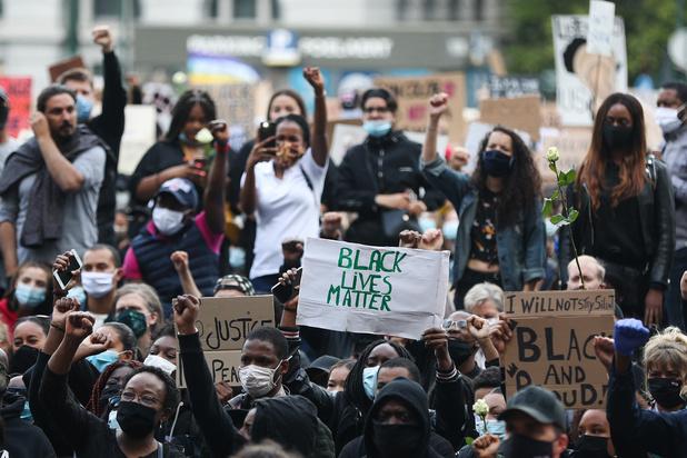 Les manifestations contre le racisme gagnent l'Europe
