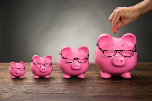 Le taux d'épargne des ménages atteint un niveau record dans la zone euro