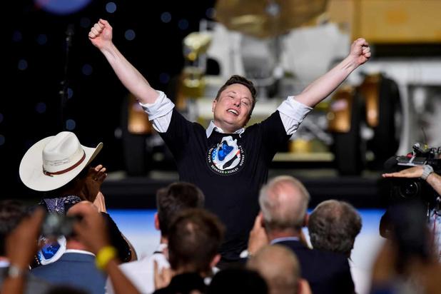 """SpaceX: quand Elon Musk se prend à rêver d'une """"vie multiplanétaire"""""""