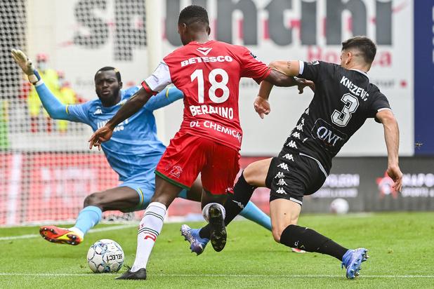 Zulte Waregem en Charleroi spelen 2-2 gelijk