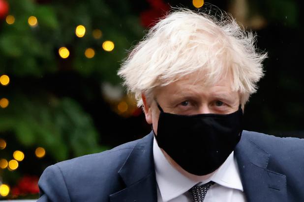 """""""Je serai toujours Européen"""": le père de Boris Johnson demande la nationalité française"""