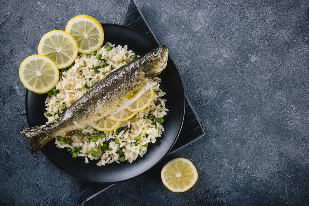 Eet één portie vis per week, geen twee