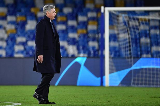 Zelfs na 4-0 overwinning in de Champions League ontslaat Napoli Ancelotti