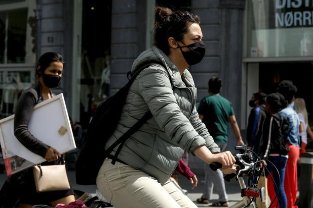 Mondmaskerplicht afschaffen? 'Mensen zelf laten beslissen, afhankelijk van de situatie'