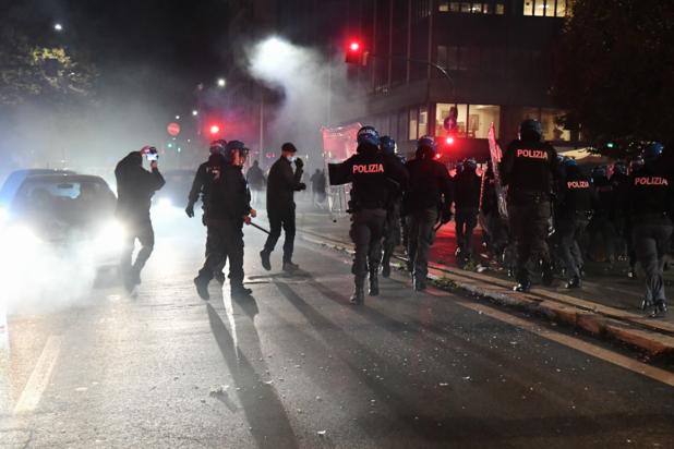 Botsingen tussen extreemrechtse manifestanten en politie in Rome