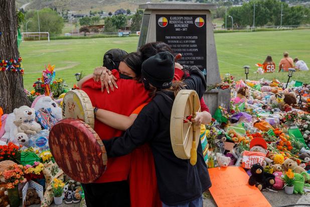 Le Canada choqué par la découverte de 750 nouvelles tombes près d'un pensionnat pour autochtones