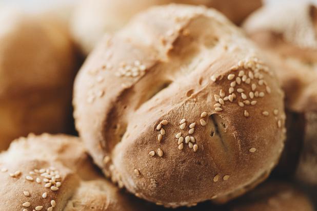 'Giftig sesamzaad in ons brood: we lijken gewend te raken aan dergelijke milieuschandalen'