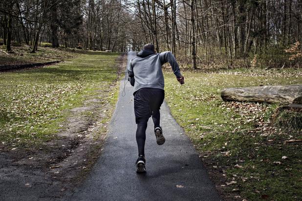 Kan je te veel sporten waardoor je net vatbaarder wordt voor een infectie?