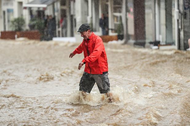 Intempéries: des cours d'eau sont sortis de leur lit, phase de crise dans plusieurs provinces (photos)