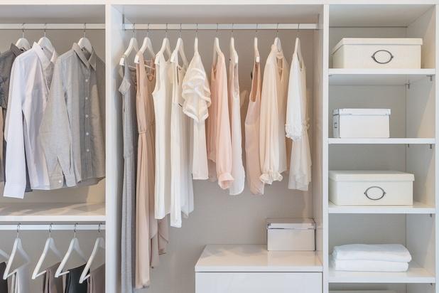 5 astuces pour faire de la place dans ses armoires