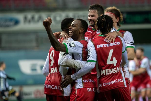 Zulte Waregem zet Charleroi opzij en is eerste halvefinalist