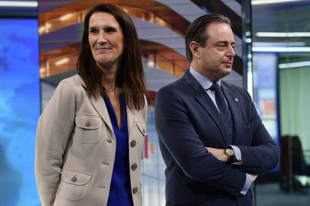 """Formation fédérale: De Wever voit une """"date symbolique"""" en mai"""