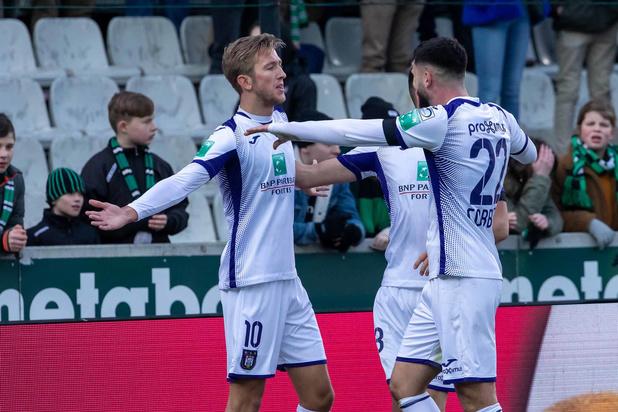 Anderlecht réalise le hold-up parfait au Cercle Bruges