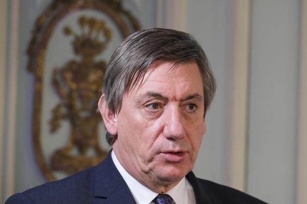 Jan Jambon a tenté de commander des vaccins supplémentaires pour la Flandre