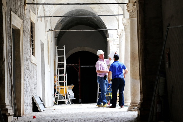 Dix ans après le séisme, la ville italienne de L'Aquila pas complétement reconstruite