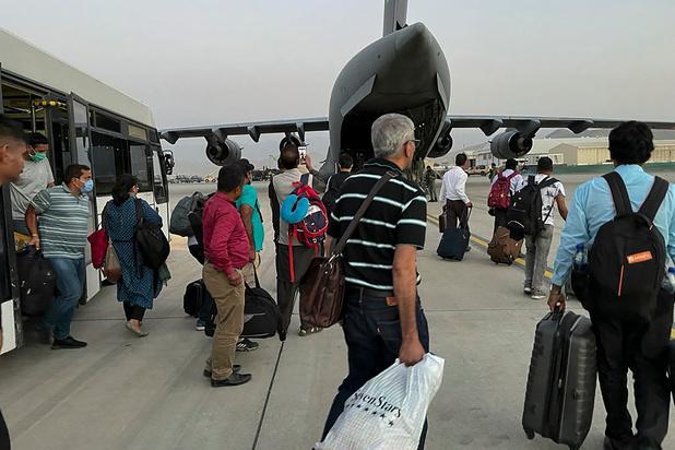 Afghanistan: les évacuations se poursuivent à l'aéroport de Kaboul