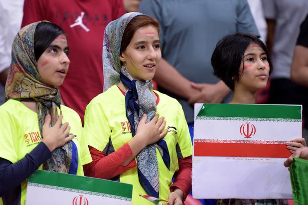 Iraanse vrouwen toegelaten in voetbalstadions tijdens internationale matchen