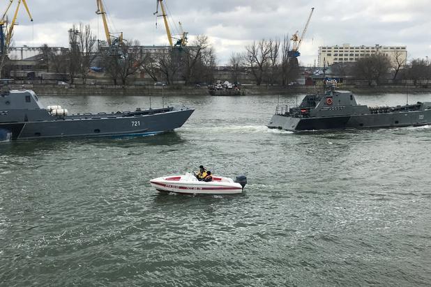 Rusland stuurt oorlogsschepen naar Zwarte Zee voor manoeuvres