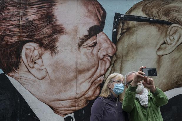 """Berlin s'inquiète d'un bond """"préoccupant"""" des cas de coronavirus"""