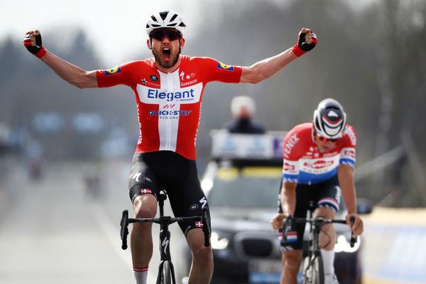 Kasper Asgreen houdt Mathieu van der Poel van tweede zege op rij in Ronde van Vlaanderen