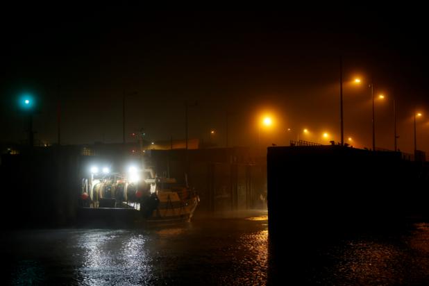 Franse vissers blokkeren haven van Boulogne uit protest tegen grote Nederlandse boten