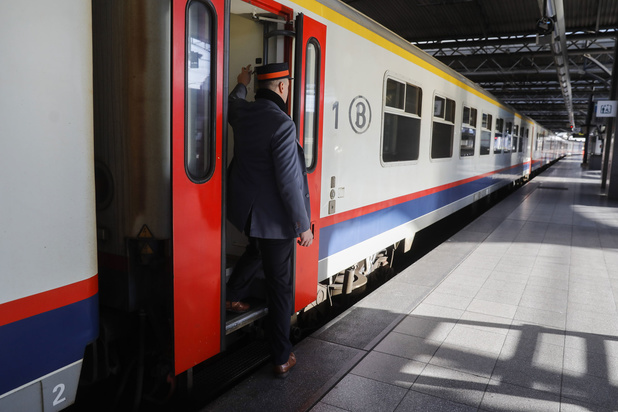 Franstalige spoorbond dreigt: 'Onvoldoende beschermingsmiddelen? Dan zal er niet gewerkt worden'