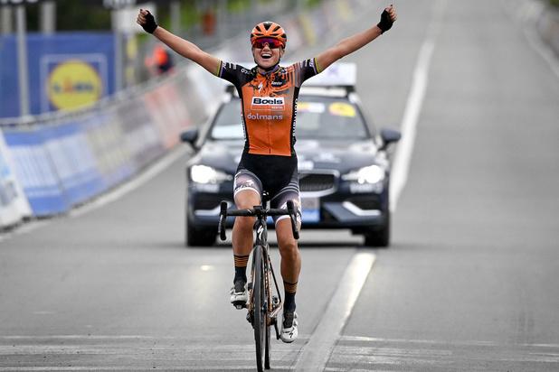 Ronde voor vrouwen: Chantal van den Broek-Blaak pakt de zege, Kopecky derde