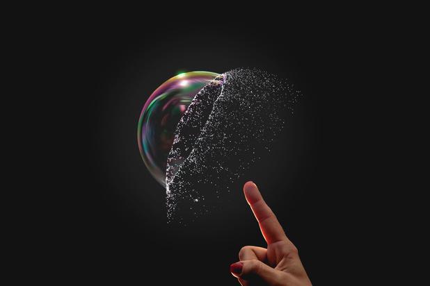 Mysterie van de dag: waarom maken bubbels een plopgeluid wanneer ze knakken?