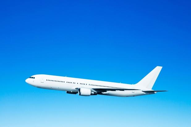 Belasting op vliegtuigtickets kan 142 miljoen per jaar opbrengen