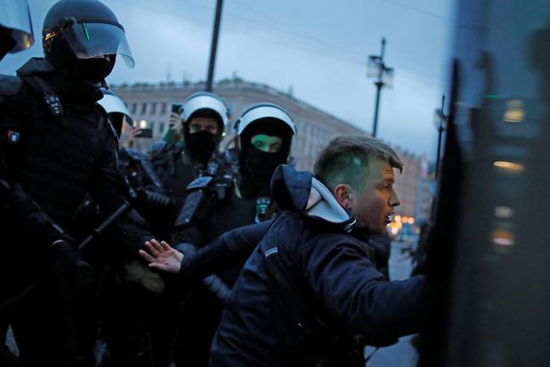 """Le droit de manifester est rendu """"presque impossible"""" en Russie, selon Amnesty"""